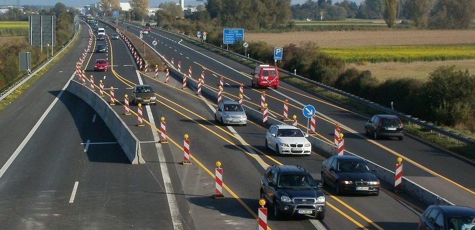 Traffic through construction zone